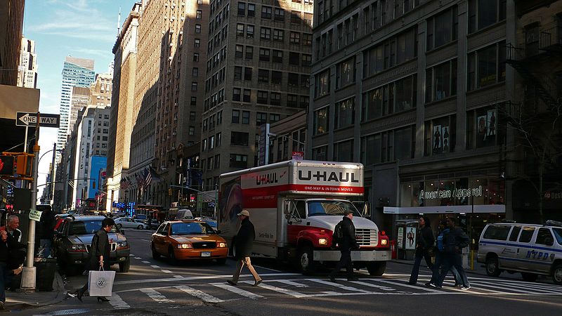 Uhaul_and_New_York_-_panoramio